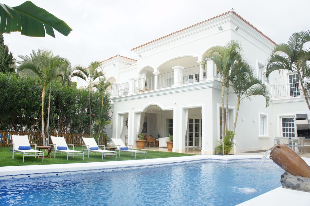 Villa Esplendida Derecha