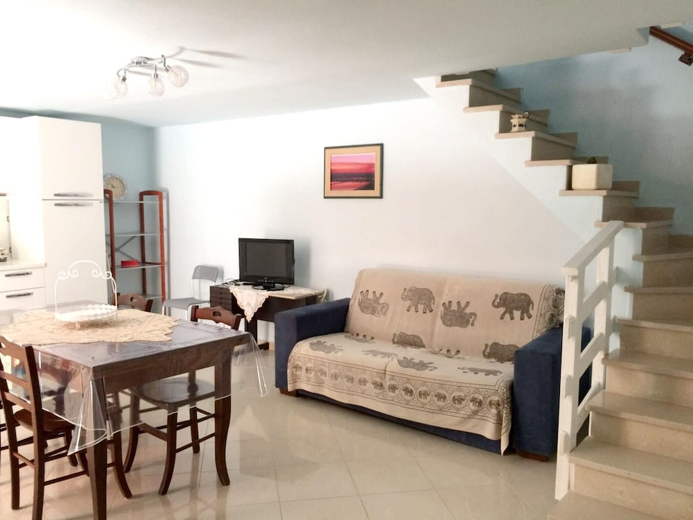 Apartment With one Bedroom in Margherita di Savoia, With Balcony and W