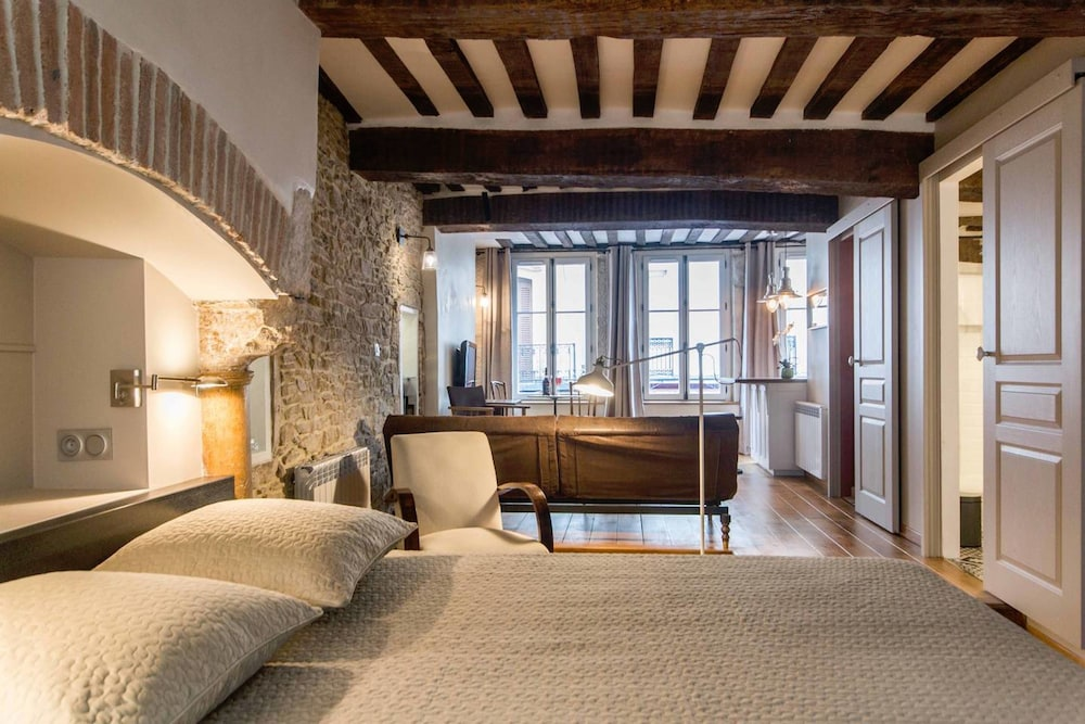 Le Bourg - Cosy & Clean
