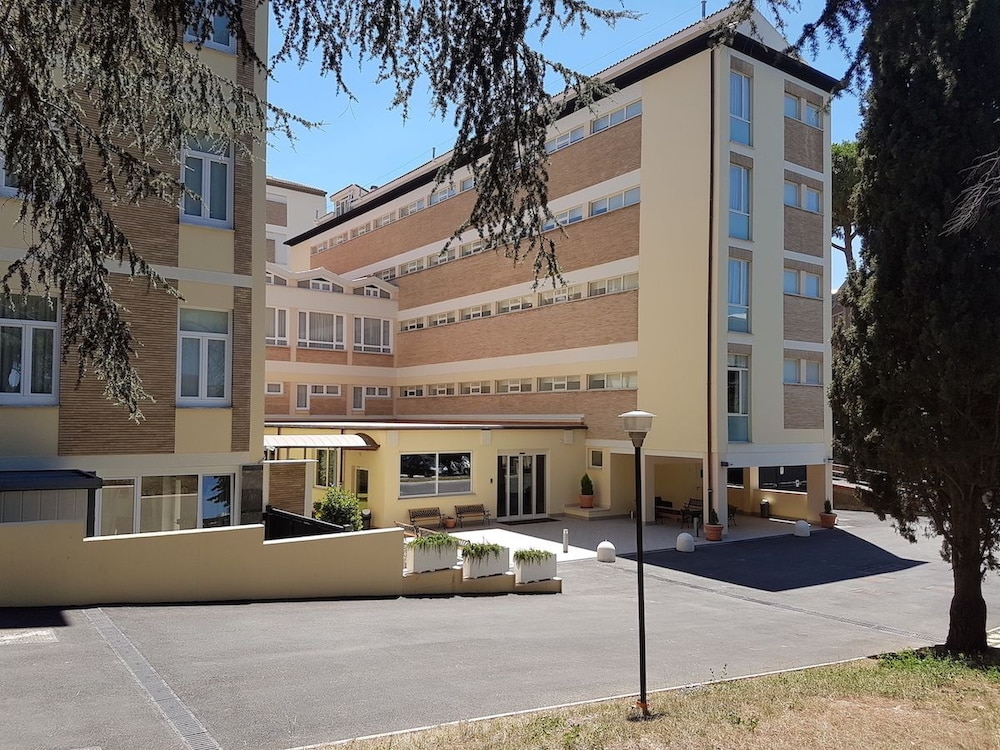 Vatican Area - Hotel Holiday Rooms