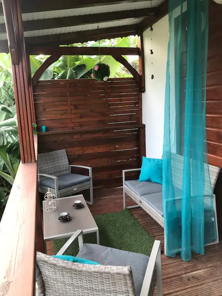 House With 2 Bedrooms in Sainte-anne, With Balcony and Wifi - 2 km Fro