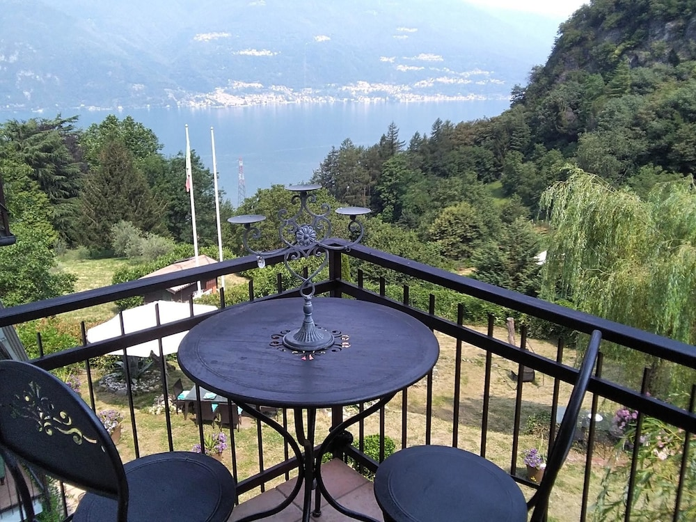 Villa With 3 Bedrooms in Perledo, With Wonderful Lake View, Enclosed G