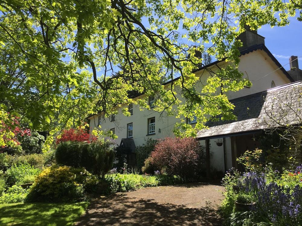 The Old Salting Barn-Llandetty Hall Farm