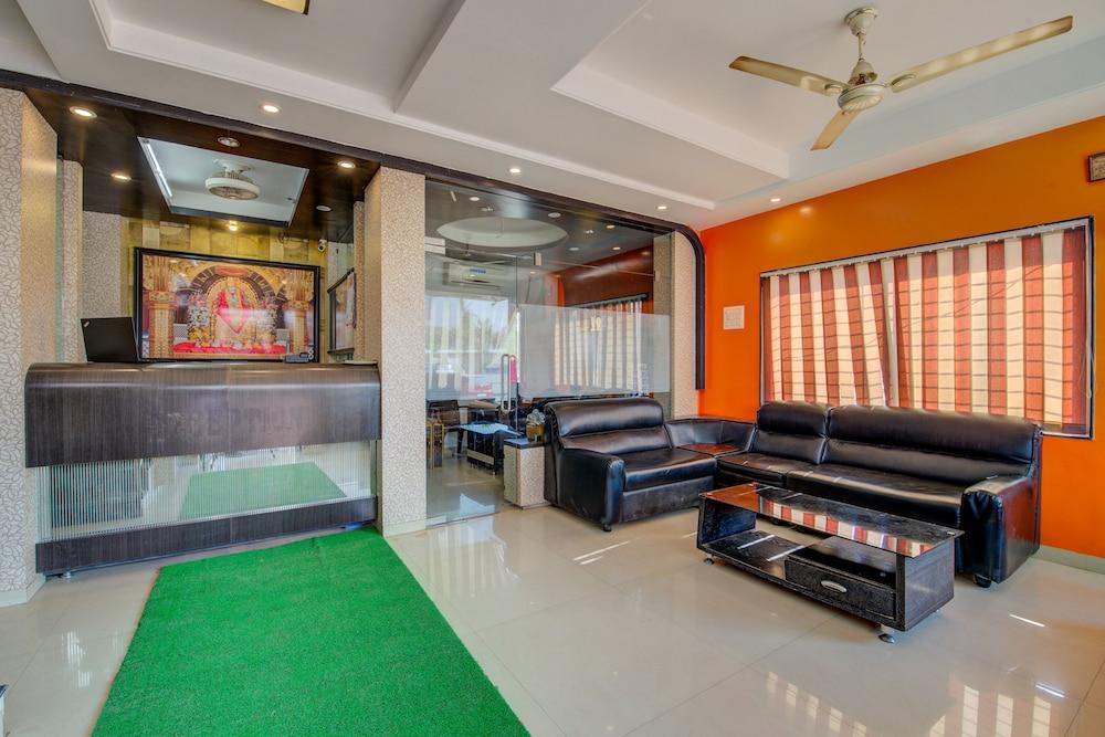 OYO 37347 Hotel Saichha