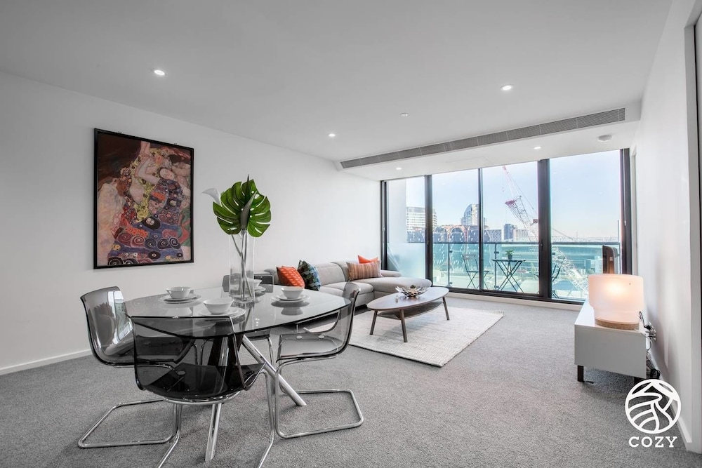 44 Melbourne One