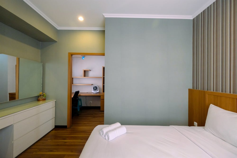 1BR Apartment with Study Room at Silkwood Residences