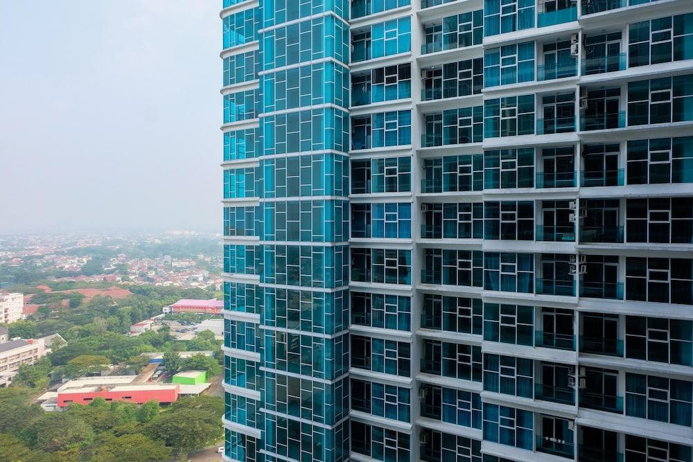 Best Price 1BR Brooklyn Apartment near Gading Serpong