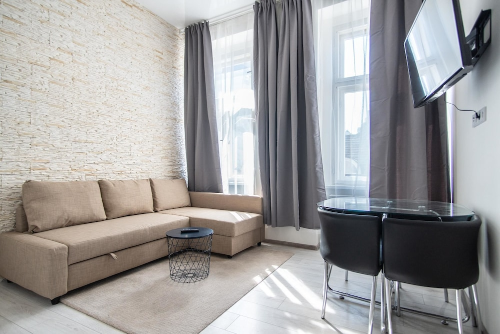 Modern apartment with 2 bedrooms and 2 bathrooms in Andel