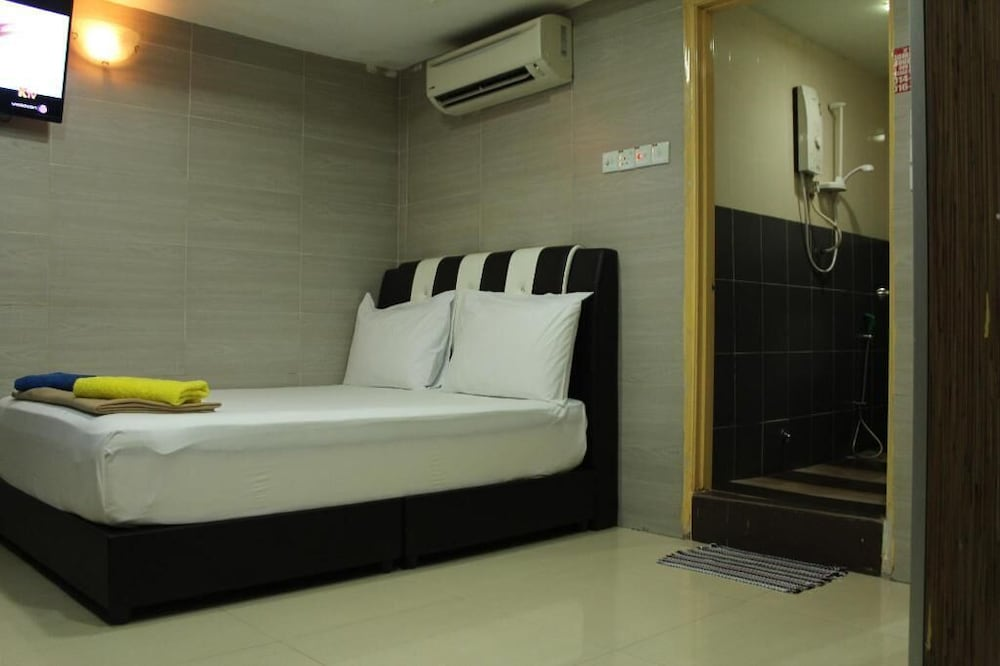 H2 - Sungai Besi Hotel