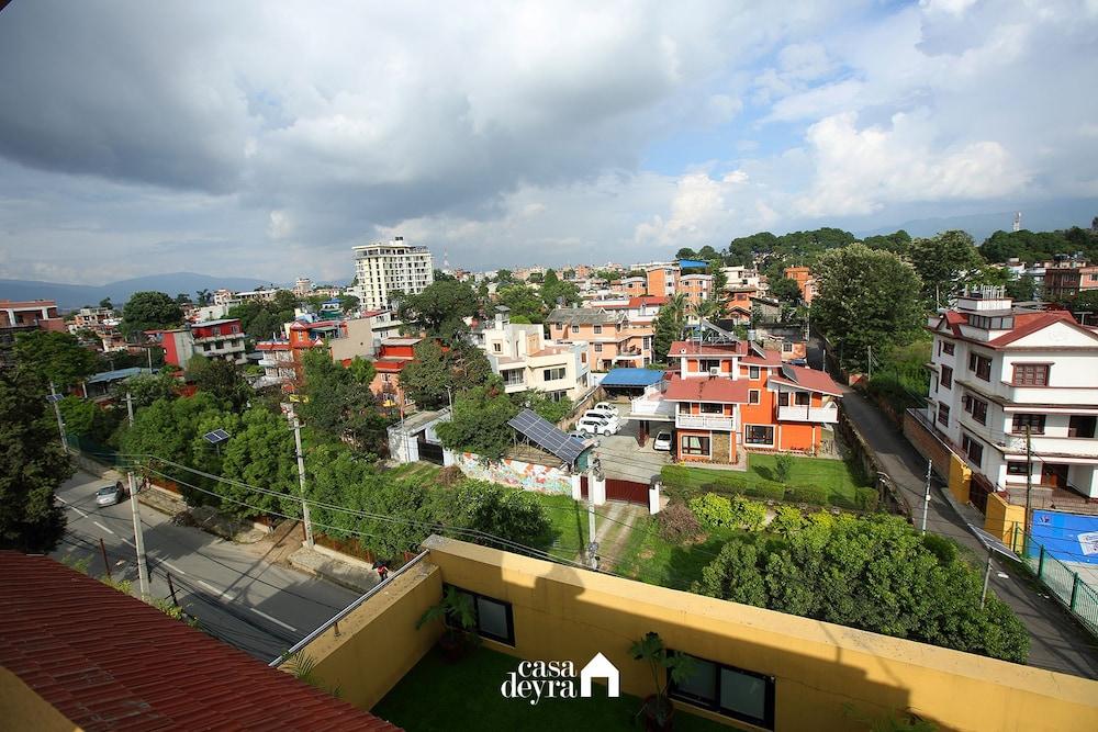 Jhamel Apartments by Casa Deyra