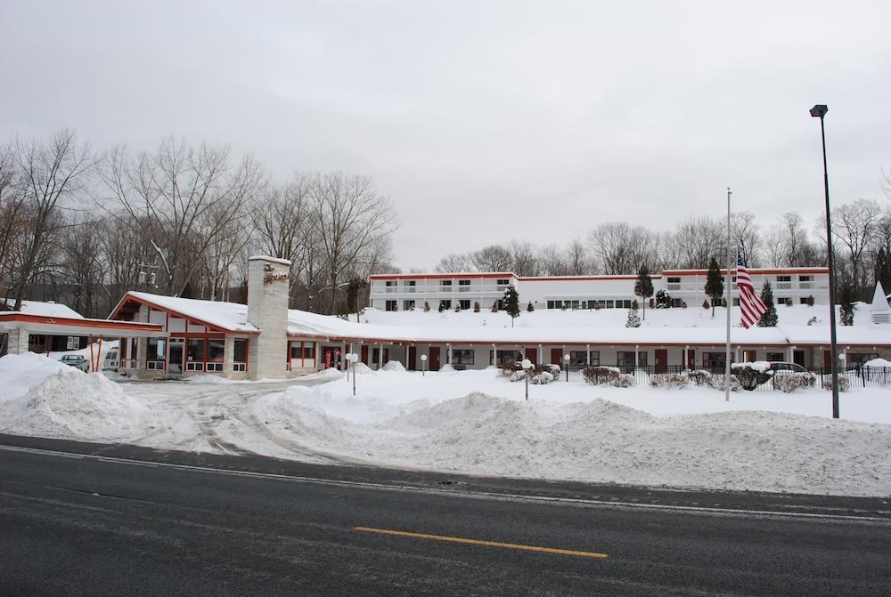 The Spring's Inn