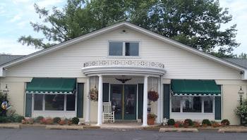 Glass House Inn