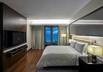 Marriott Hotel Manila Guestroom