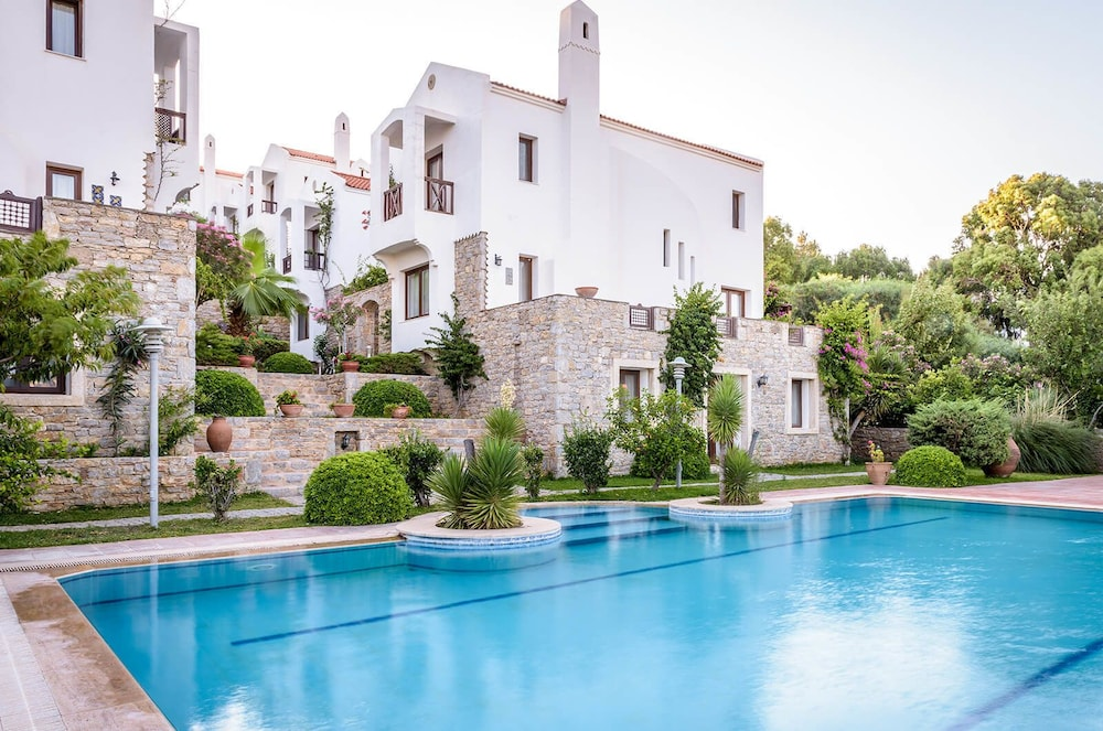 Marphe Hotel Suite & Villas