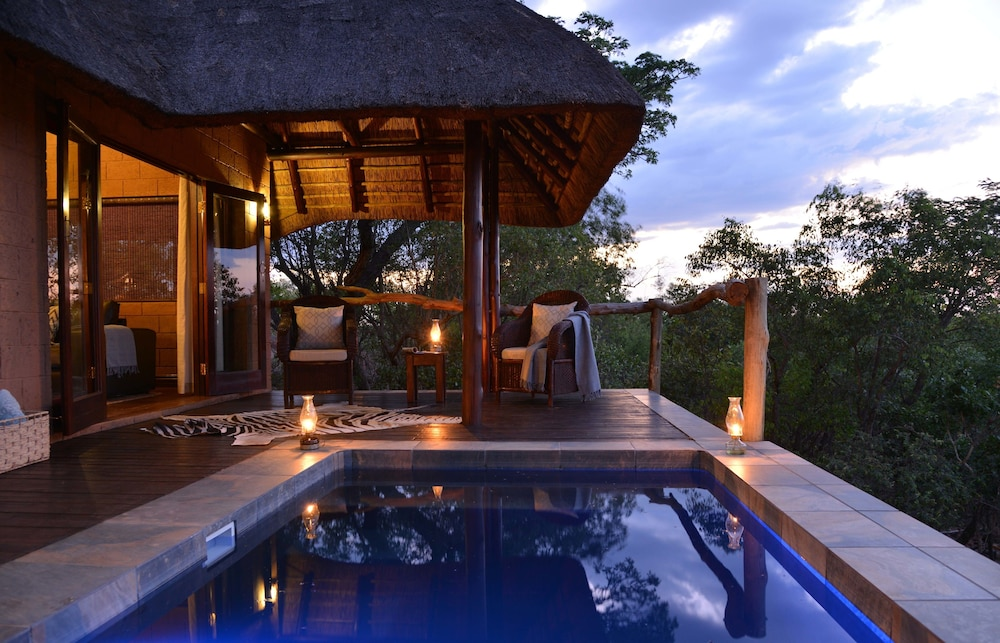 Zwahili Game Lodge & Spa