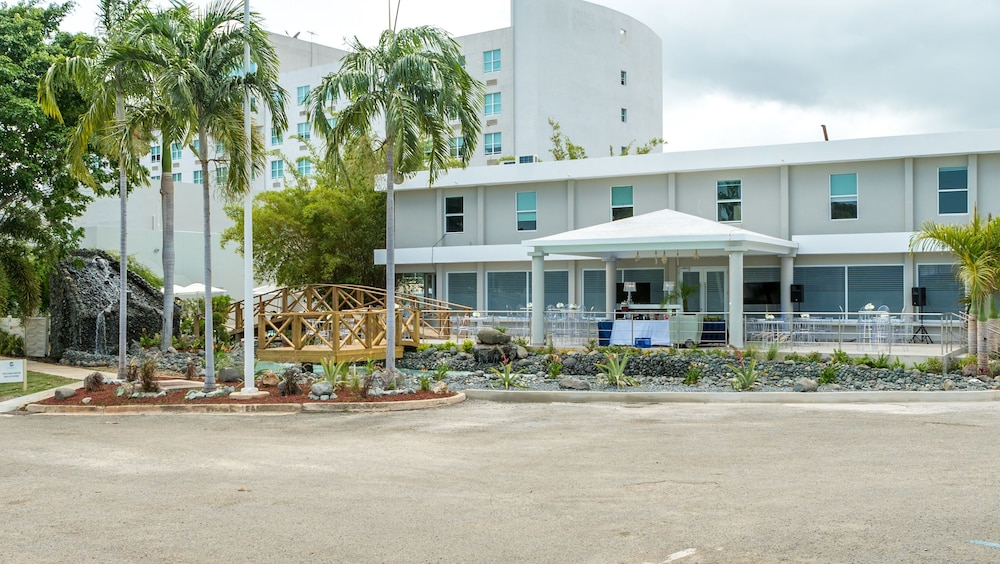 Costa Bahia Hotel & Convention Center