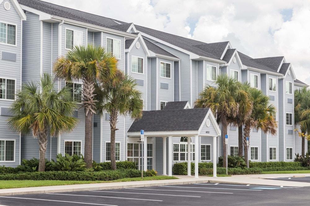Microtel Inn & Suites by Wyndham Spring Hill/Weeki Wachee
