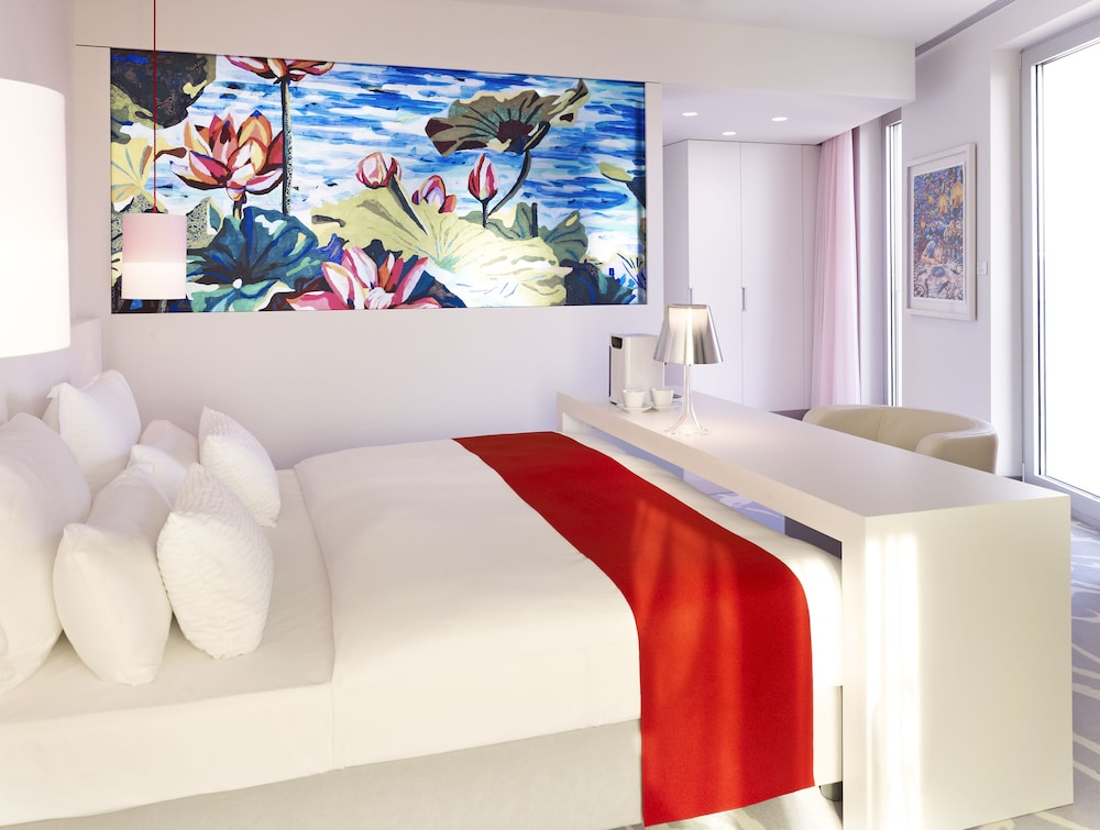 art'otel cologne, by Park Plaza