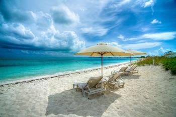 Photo for Grace Bay Beach Ocean Villas in The Bight