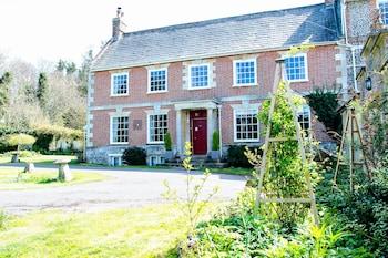 Rollestone Manor