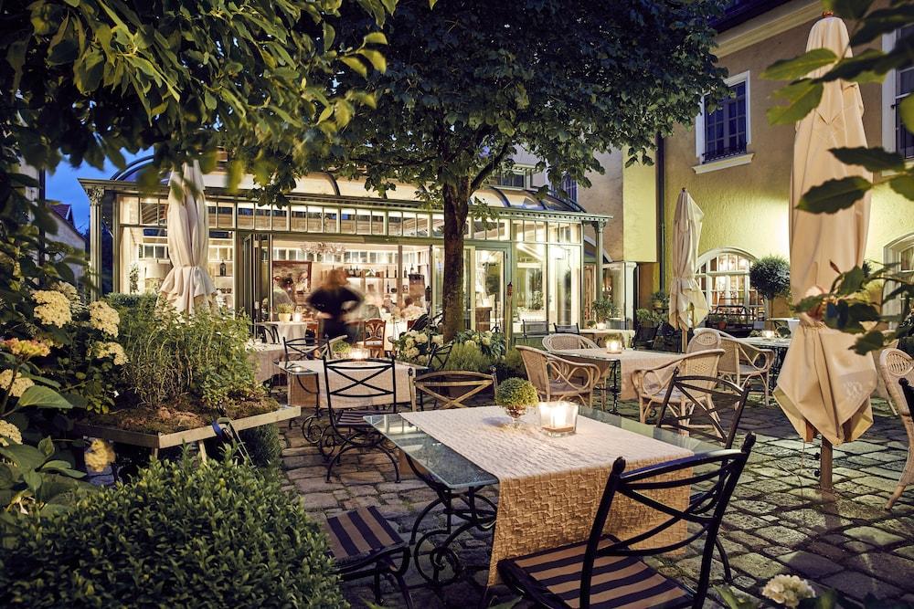 Hotel Gutsgasthof Stangl Ebersberg Price Address Reviews