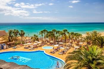 SBH 塔洛海灘飯店