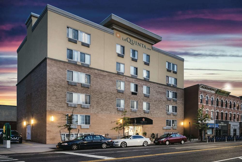 La Quinta Inn & Suites by Wyndham Brooklyn Downtown