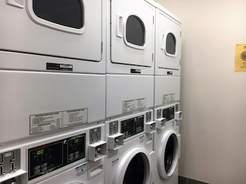 Drummond Apartments Services - Laundry Room  - #0