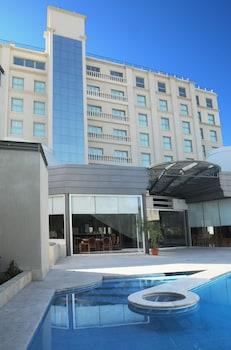 門多薩默德飯店
