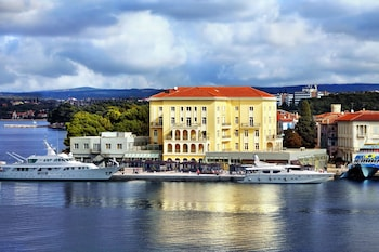 Photo for Grand Hotel Palazzo in Porec