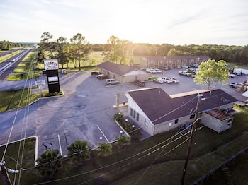 Countryside Inn in Malakoff, Texas