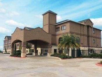 Baymont by Wyndham Cuero in Cuero, Texas
