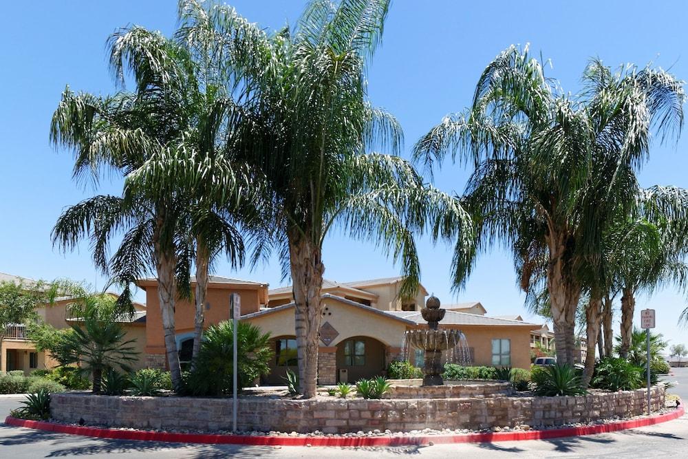 Siegel Select Casa Grande