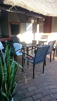 At Eezzze Riversway Self Catering - Terrace/Patio  - #0