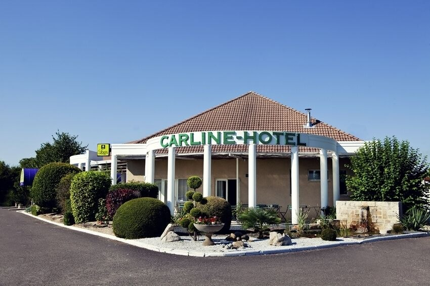 Carline Hotel