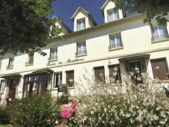 tarifs reservation hotels Le Relais des Monédières