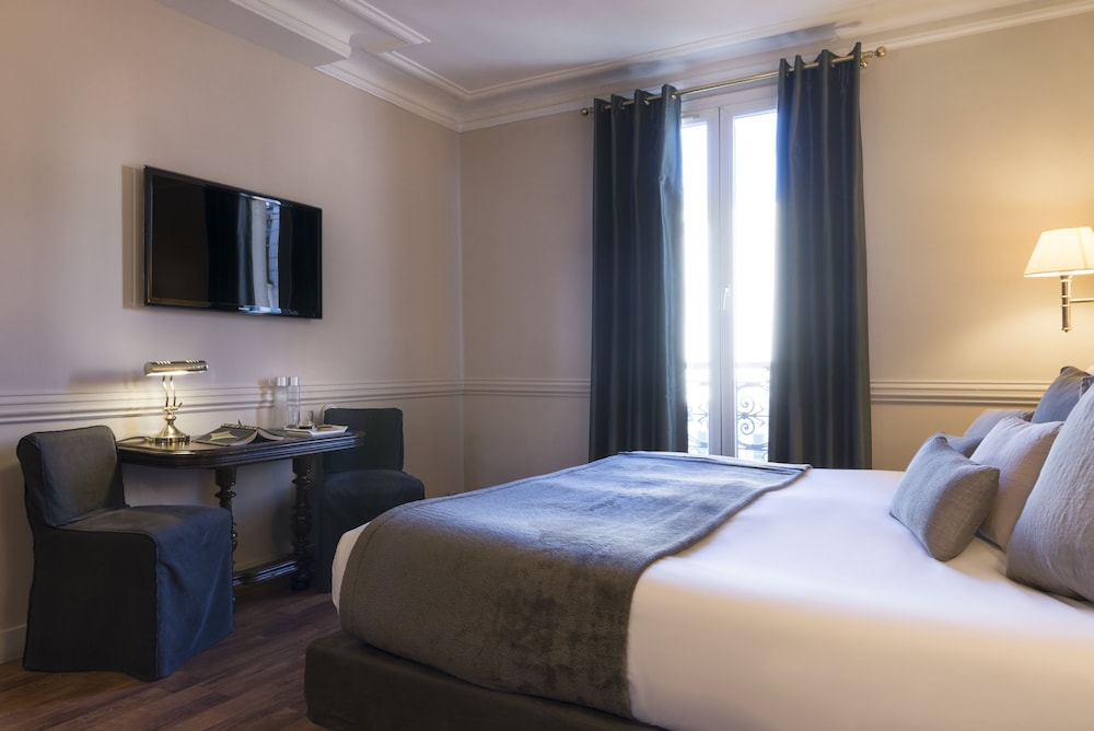 Hotel de la Porte Dorée