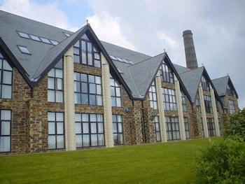 Kernow Homes - Travel accommodation