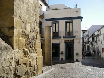 Hostal Azahar