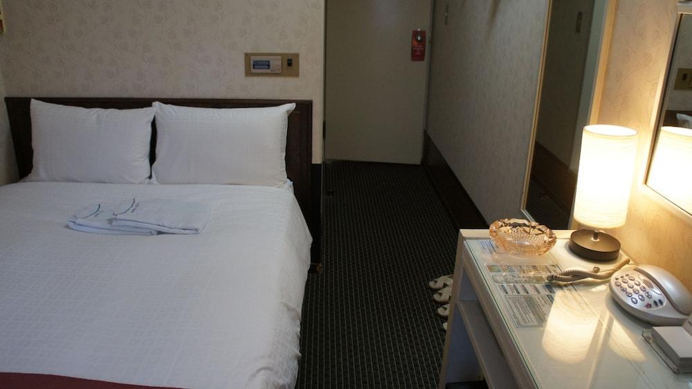 Hotel Horidome Villa Tokyo Inr 1363 Off 5 5 9 7 Best Offers