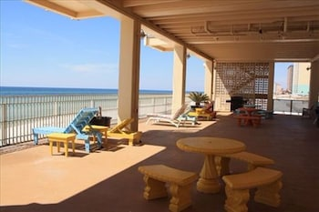 Fontainebleau Terrace by Counts-Oakes Resort Properties - Terrace/Patio  - #0