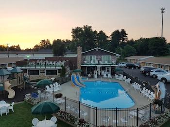 Black Hawk Motel and Suites