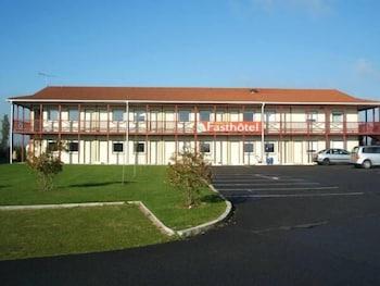 tarifs reservation hotels Fasthotel Paris Sud Saint Fargeau