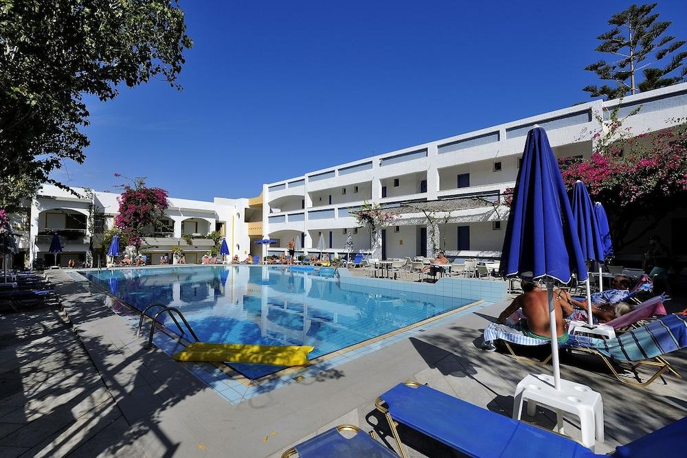 Apollon Hotel Apartments