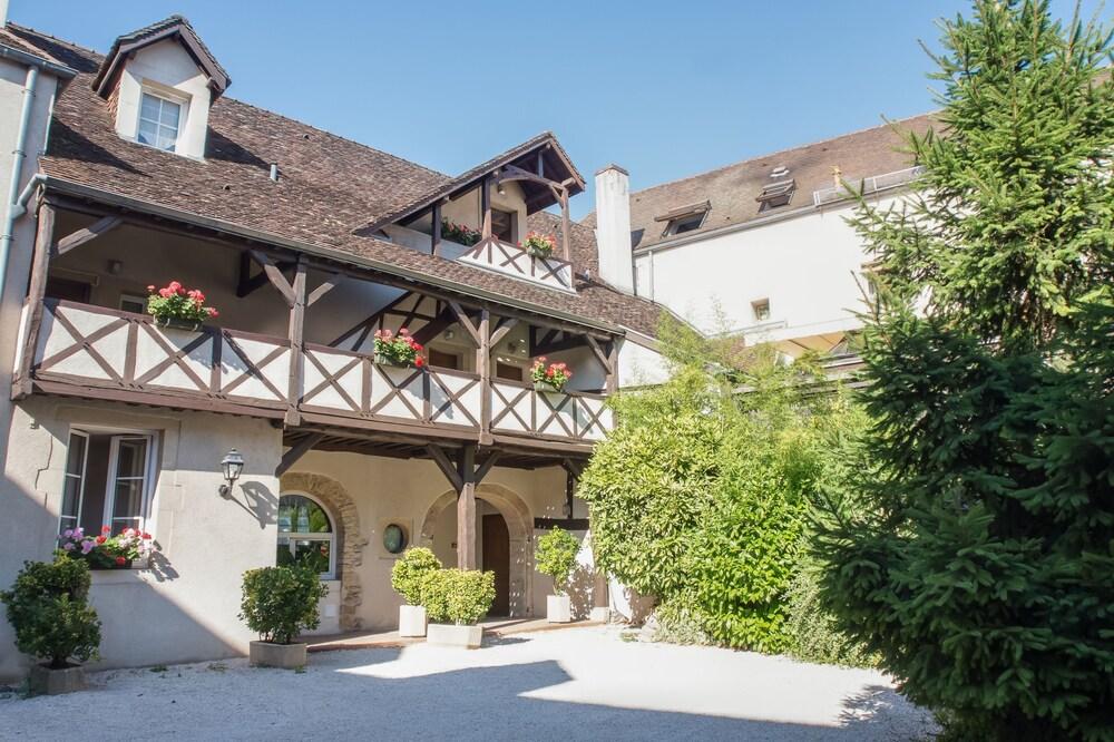 Hôtel Wilson - Les Collectionneurs