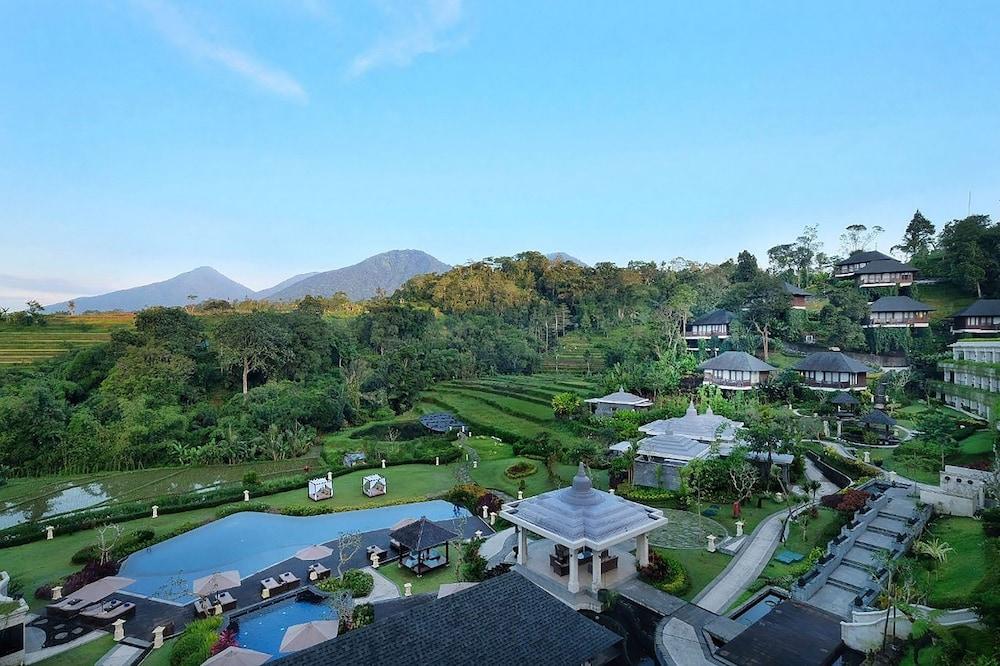 Saranam Resort and Spa