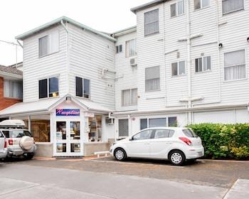 藍山傳統汽車飯店