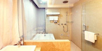 Sun Flower Hotel and Residence - Bathroom  - #0