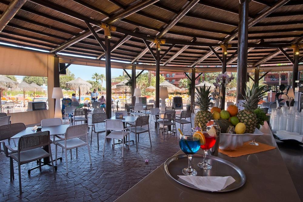 Fuengirola Beach Apartamentos Turisticos