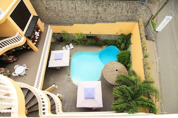 Mermaid Resort Puerto Galera Outdoor Pool